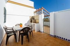 terraza-mesa-sillas