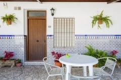 patio-entrada-casa-dos