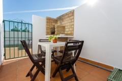 patio-mesa-sillas